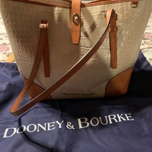 Dooney&Bourke Tote Purse